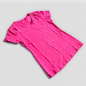 T-shirt Donna Scollo v - Mockup